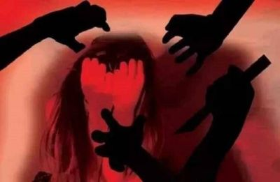 Noida: Alert citizens save school girl from kidnappers near Mahamaya Inter College in Sector 44