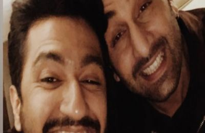 Vicky Kaushal and Ranbir Kapoor's latest click will remind you of their 'bromance' in Sanju