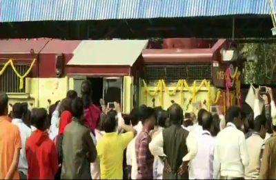 PM Modi in Odisha | New train on Balangir-Bichhupali route flagged off