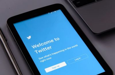After Facebook and WhatsApp, Twitter makes private tweets of Android users public