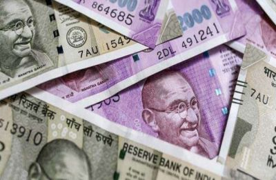 Rupee settles 16 paise down at 71.19 vs USD, registers 2nd weekly loss