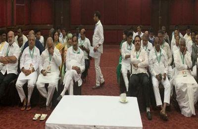 Kar-nataka: After MLAs 'fight', Congress calls another Legislature Party meeting today