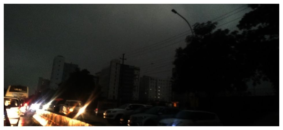 9 am or 9 pm? Delhi wakes up to overcast skies, heavy downpour