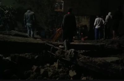 7 dead, several trapped after 4-storey building collapses in Gurugram, rescue operations on