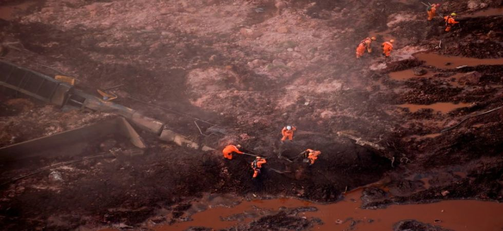 Brazil dam disaster: 9 bodies recovered, fears rise for 300 missing (Photo Source: Twitter)