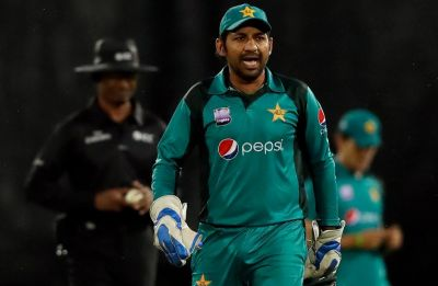 Sarfraz Ahmed, Pakistan skipper banned for four games over 'racist' sledge