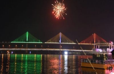 BJP 'invites' Rahul Gandhi to visit new Goa bridge, Congress hits back