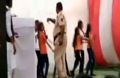 Constable showers currency notes on schoolgirls, suspended