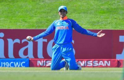 Shubman Gill makes debut in Hamilton ODI vs New Zealand, MS Dhoni still not fit