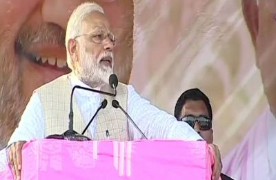 'Inka jaana tae hai': Prime Minister Narendra Modi takes on Mamata Banerjee on her home turf