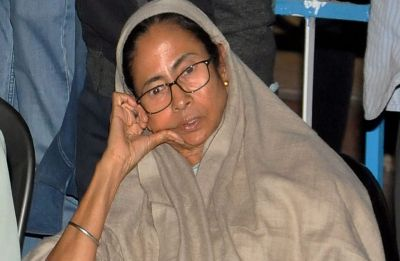 Mamata vs CBI: West Bengal Chief Minister to continue her dharna overnight, calls PM Modi 'mad'