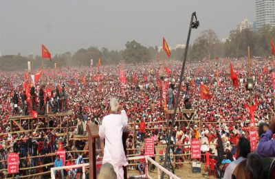 Left Front organises 'people's brigade' rally in Bengal, Kolkata virtually clogged