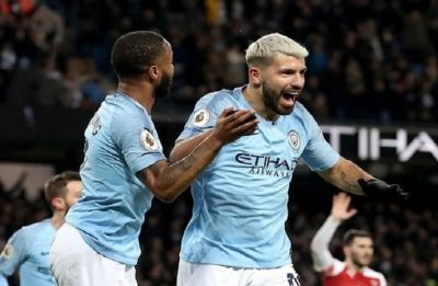 Sergio Aguero hat-trick thumps Arsenal, Manchester City close gap on Premier League leaders Liverpool