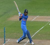 Smriti Mandhana continues record-breaking run with fastest T20I fifty vs New Zealand