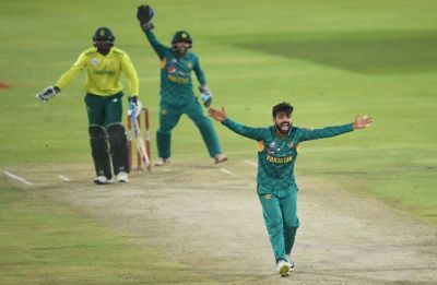Pakistan end South Africa tour on high with narrow win in Centurion T20I