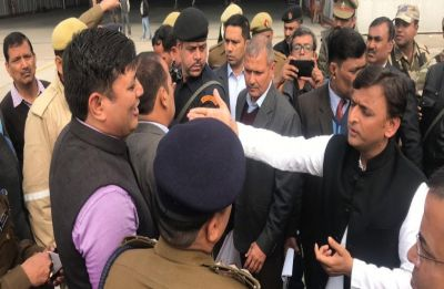 Akhilesh Yadav's 'detention' at Lucknow Airport sparks war of words, Yogi blames SP for ruckus