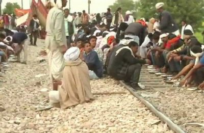 Gujjar stir in Rajasthan enters 5th day, trains affected, Internet snapped