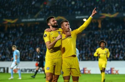 Chelsea get some reprieve with victory, Arsenal stumble to loss in Europa League