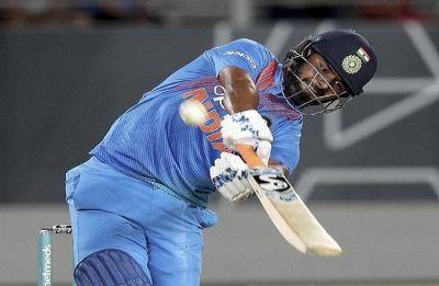 Sunil Gavaskar backs Shane Warne's decision to play Rishabh Pant as opener