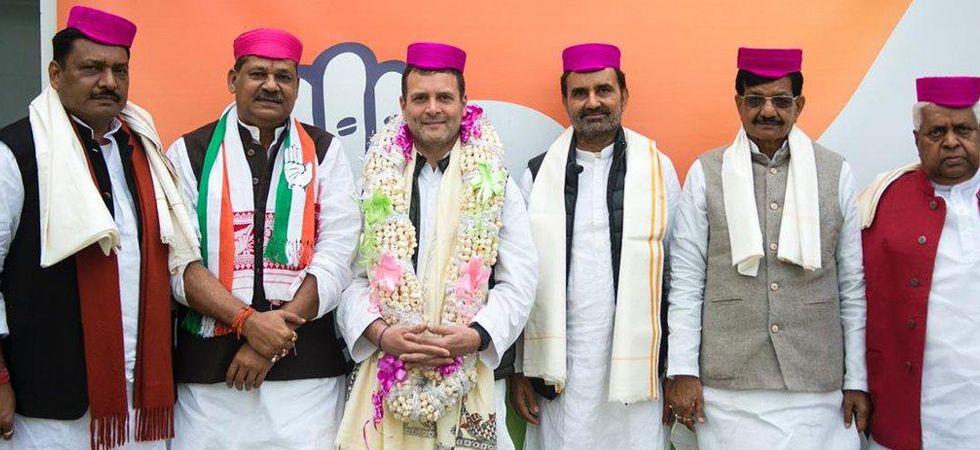 फिर संकट में BJP , नाराज़ चल रहे दरभंगा सांसद कीर्ति आजाद हुए कांग्रेस में शामिल , राहुल गांधी ने दिलाई सदस्यता।