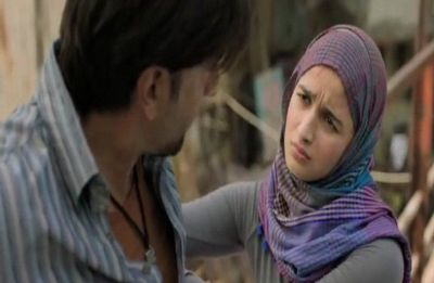 Gully Boy box-office collection: Zoya Akhtar and Ranveer Singh's film grosses Rs 72.45 crore on its first weekend