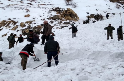 One Army jawan dead, five trapped in avalanche near Shipkala in Himachal Pradesh's Kinnaur