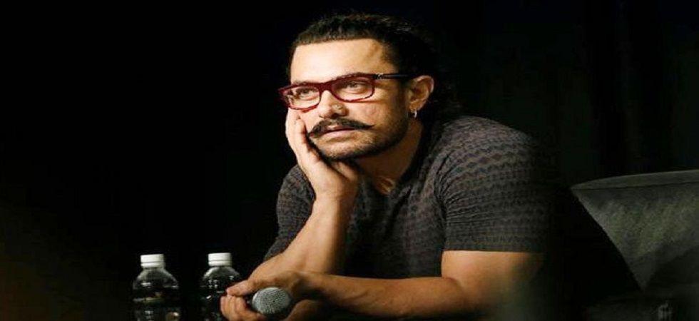 Aamir Khan consulted doctor to stop emotional breakdown post Satyamev Jayate (File photos)