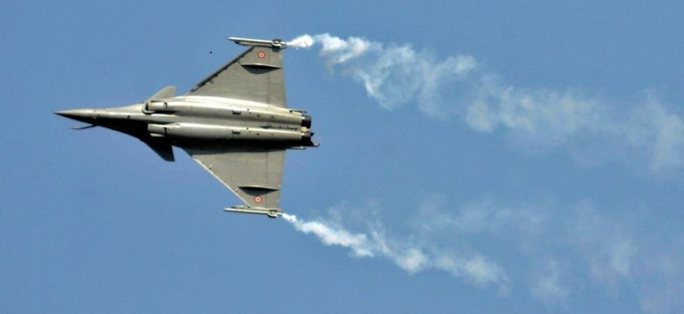 Rafale Deal: Supreme Court to hear petition seeking review of its December 14 verdict (File Photo)