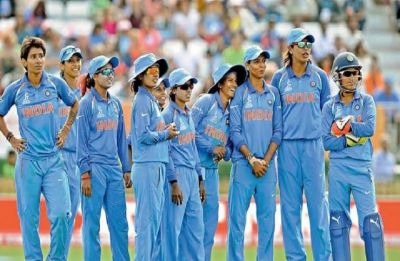 India clinch three-match ODI series 2-1; Smriti Mandhana awarded as player of the series