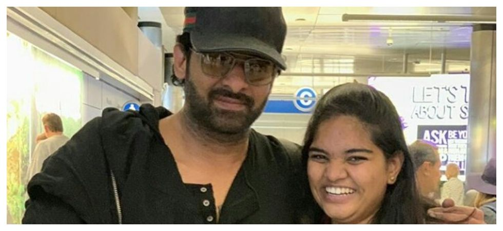 Overexcited fan SLAPS Prabhas, his reaction win hearts ( Photo: Twitter)