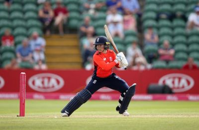 India women's Twenty20 jinx continues, lose second game to England