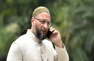 Ayodhya case: MIM chief Asaduddin Owaisi says Sri Sri Ravi Shankar is not neutral