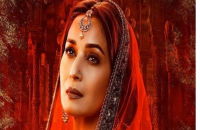 Kalank: Madhuri Dixit as Bahar Begum in the first poster will leave you smitten