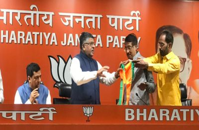 In big blow to Congress, Sonia Gandhi's close aide Tom Vadakkan joins BJP