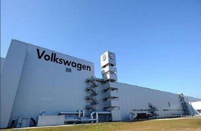 Emissions squeeze sparks electric surge for Volkswagen