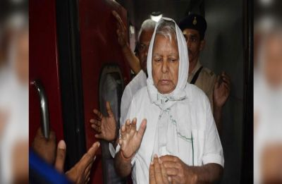 Fodder scam cases: Supreme Court issues notice to CBI on Lalu Prasad's bail plea