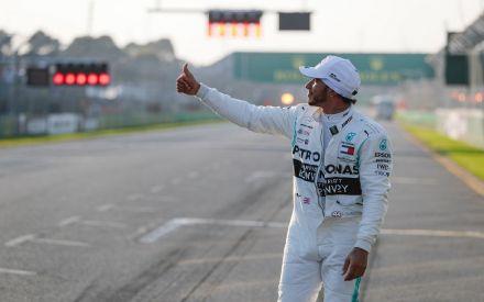 Lewis Hamilton secures pole in Australian Grand Prix
