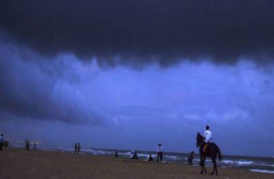 Cyclone Idai hits Mozambique, Malawi, Zimbabwe, killing 140