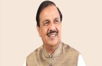 Pappu ki pappi: Culture Minister Mahesh Sharma's 'uncultured' jibe at Priyanka Gandhi