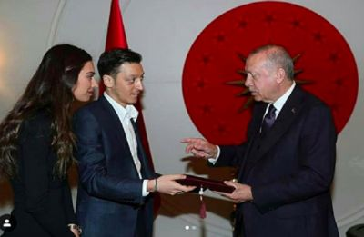 Mesut Ozil, German star footballer's wedding invite to Turkey President draws plenty of criticism