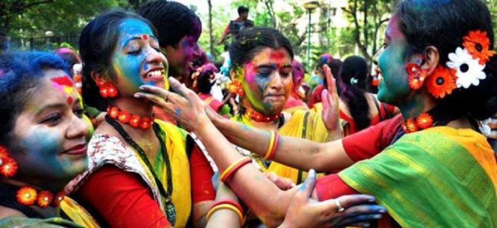 You can also use coconut oil before playing Holi. It acts as a protective layer for your hair and skin. (File photo)