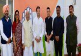 Former telecom minister minister Sukh Ram, grandson Aashray Sharma join Congress