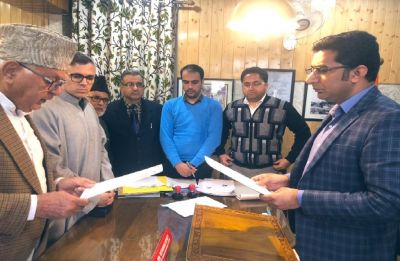 J-K Lok Sabha Polls: Farooq Abdullah files nomination papers from Srinagar-Budgam constituency