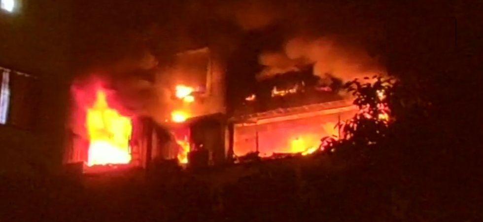 Fire breaks out in Delhi's Jamia Nagar, 6 fire tenders rushed to spot