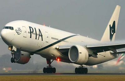 Pakistan opens its airspace, PIA resumes normal flight
