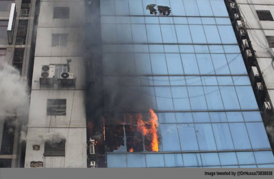 Massive fire in Dhaka, people seen jumping out of burning tower, air force joins rescue op