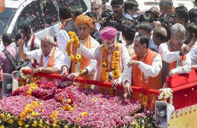Amit Shah files nomination from Gandhinagar in presence of Shiv Sena chief Uddhav Thackeray