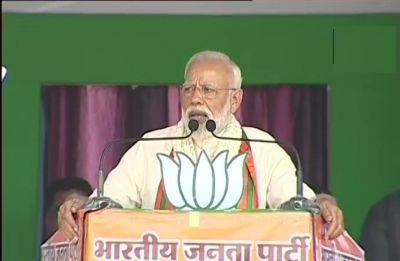 Congress labelled peace-loving Hindu society as terrorists, says PM Modi in Maharashtra