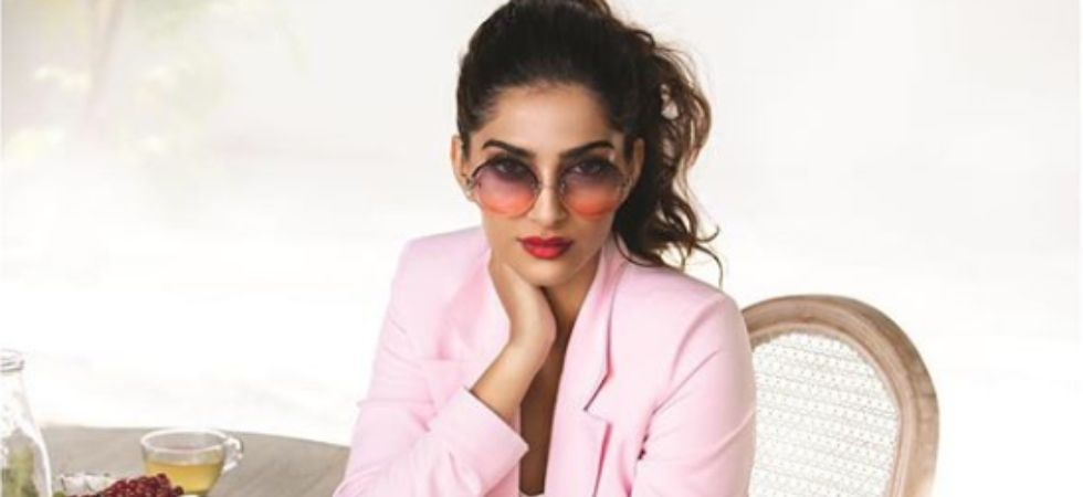 I became financially independent when I was 18 : Sonam Kapoor