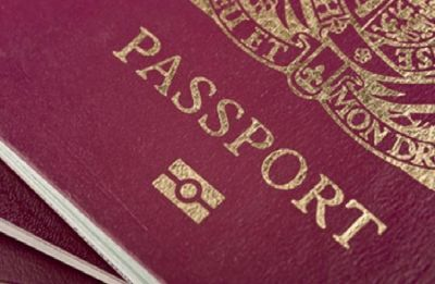 UK issues passports without 'European Union' on cover
